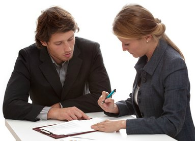 ¿Cuánto cobra un abogado por un accidente de tráfico?